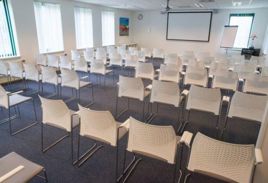 vergaderzaal 100 personen